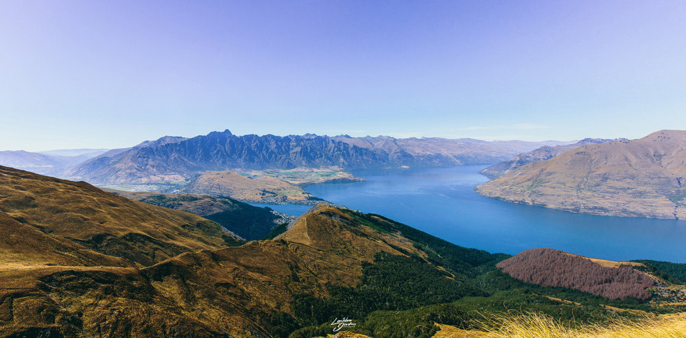 Ben-Lomond-view-queenstown-pano.jpg