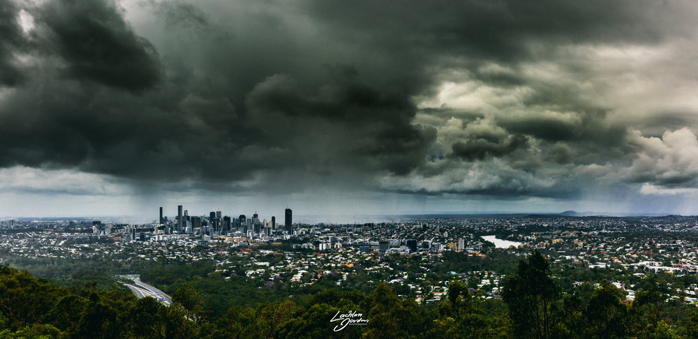 Brisbane-view-storm-pano-WEB.jpg