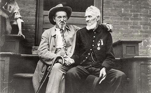 Confederate and Union veterans at Gettysburg in 1938