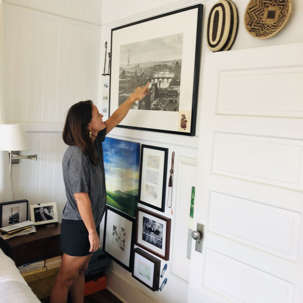 How to hang a gallery wall! -   Click here!