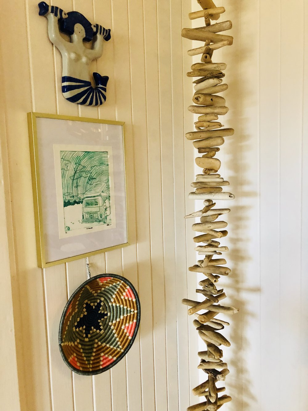 Make art happen! This driftwood mobile is a relatively easy project, and one you can include your kids in on!   When you bring YOUR MANA into your home with art that you have poured your heart, sweat, and sometimes tears into, everyone is sure to feel that and it will most often be the most favored piece in a room!