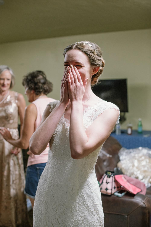 tucsonwedding-gettingready.jpg