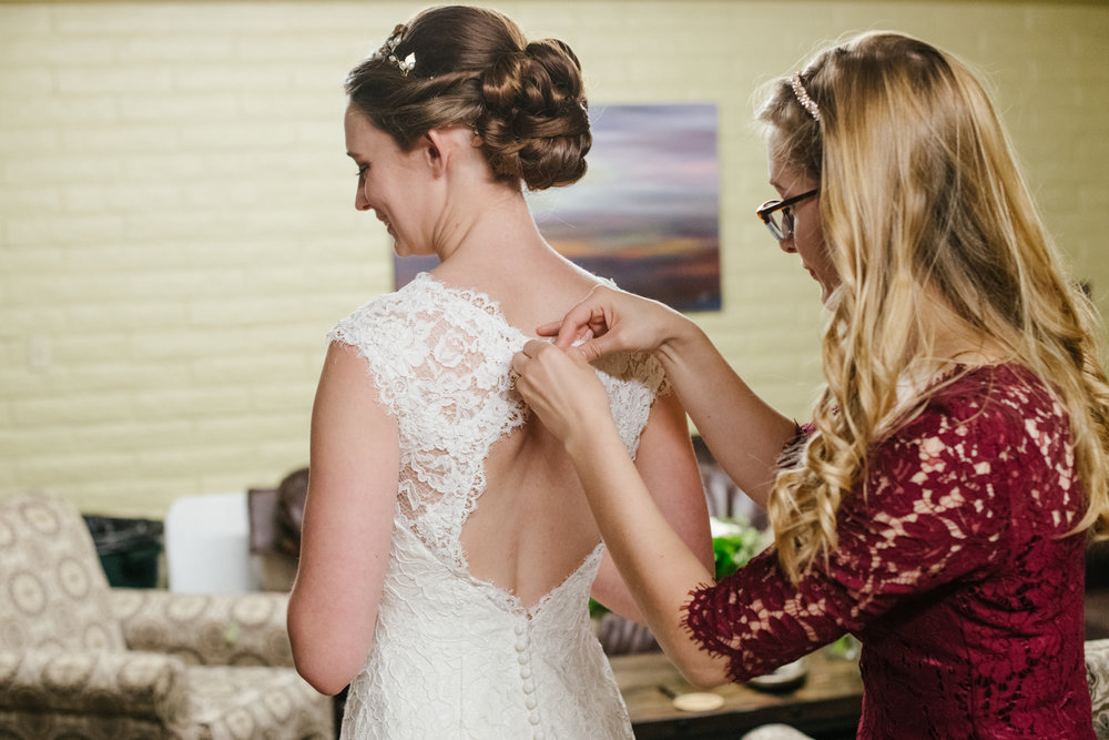 bride-dress-gettingready.jpg