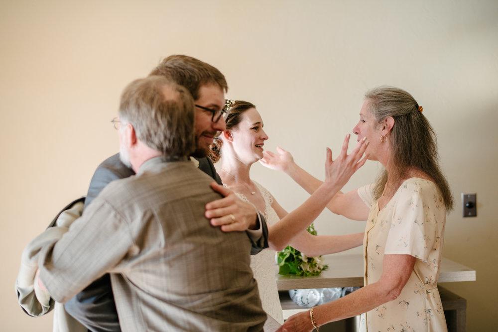 tucsonweddings-hug.jpg