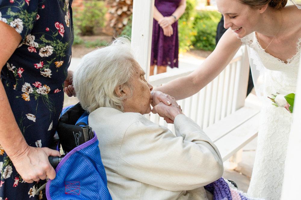 grandma-kiss-tucsonwedding.jpg