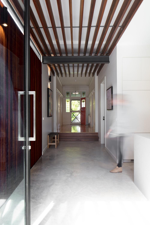 1501 Corridor 1 © Nic Granleese.jpg