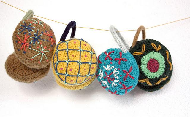 earnmuffs+crochet.jpg