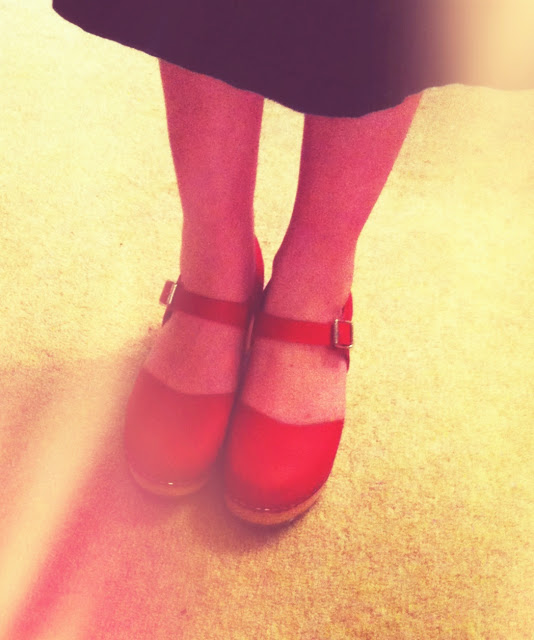 in love with my red clogs