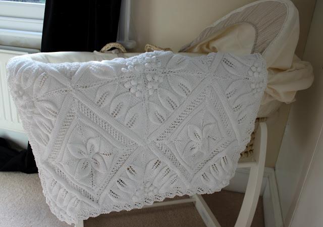 Boo's+Blanket+on+moses+basket.jpg