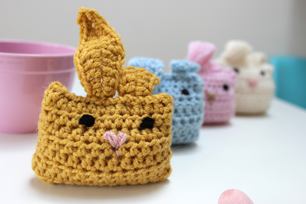 cute crochet bunnies.jpg