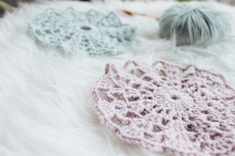 how to crochet a mini granny square — Potter & Bloom