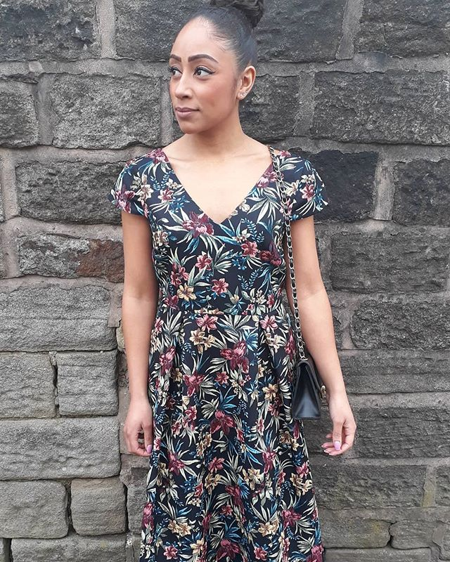 Just Arrived  Its the perfect sunny day for this beautiful Jacquard tapestry floral dress! Colours price...£35.00 😀 available in sizes 8-20 ☀️😍 #floral #summer #spring #dress #fashion #fashionshow #charity #fundraising
