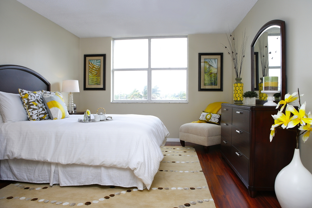 captiva design home staging florida bedroom 7587 web - Home Staging Design