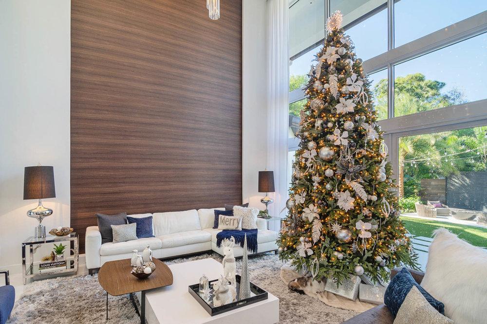 Christmas Tree 3.jpg