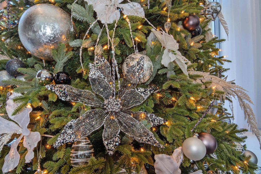 Christmas Tree 7.jpg