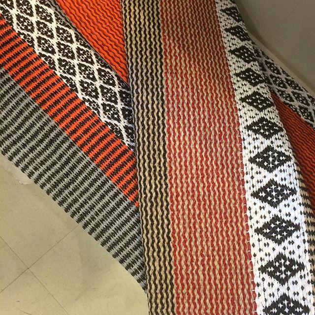 Läckra plastmattor från Horred! Stort sortiment av mönster och storlekar! #inredning#mattor#plastmattor#horredsmattan