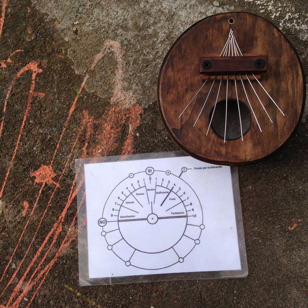 2 objects, for study: Mauricio's instrument, built from logic; Tania's tool, for divination