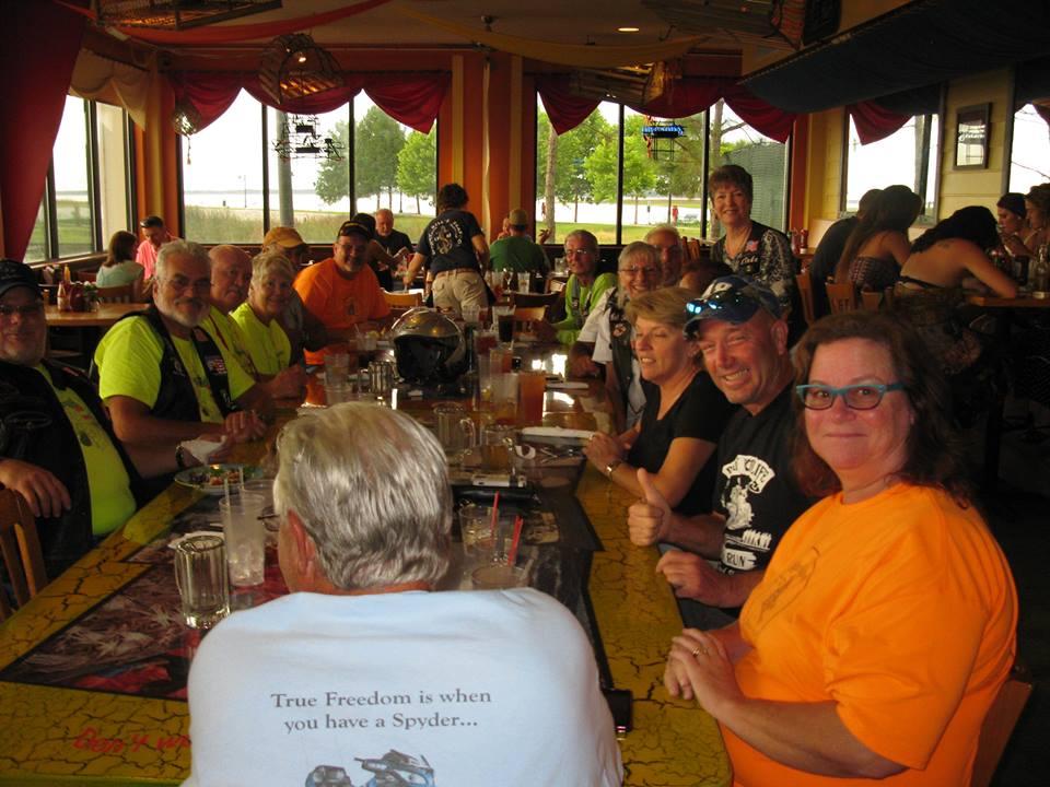Meet & Eat @ Crabby Bill's - 07/16/2013
