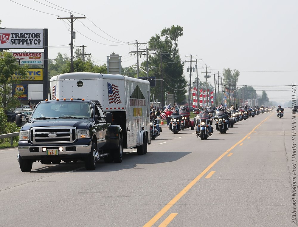 ENP_20150610_Over 600 bikes escorted the wall_Vietnam-Memorial-Wall_WALLACE.jpeg.jpg