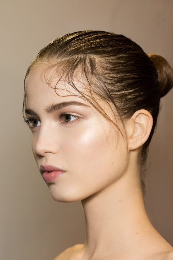 "The ""Valentino look"" glossy-and-luminous-skin-is-all-that-you-need at Valentino"