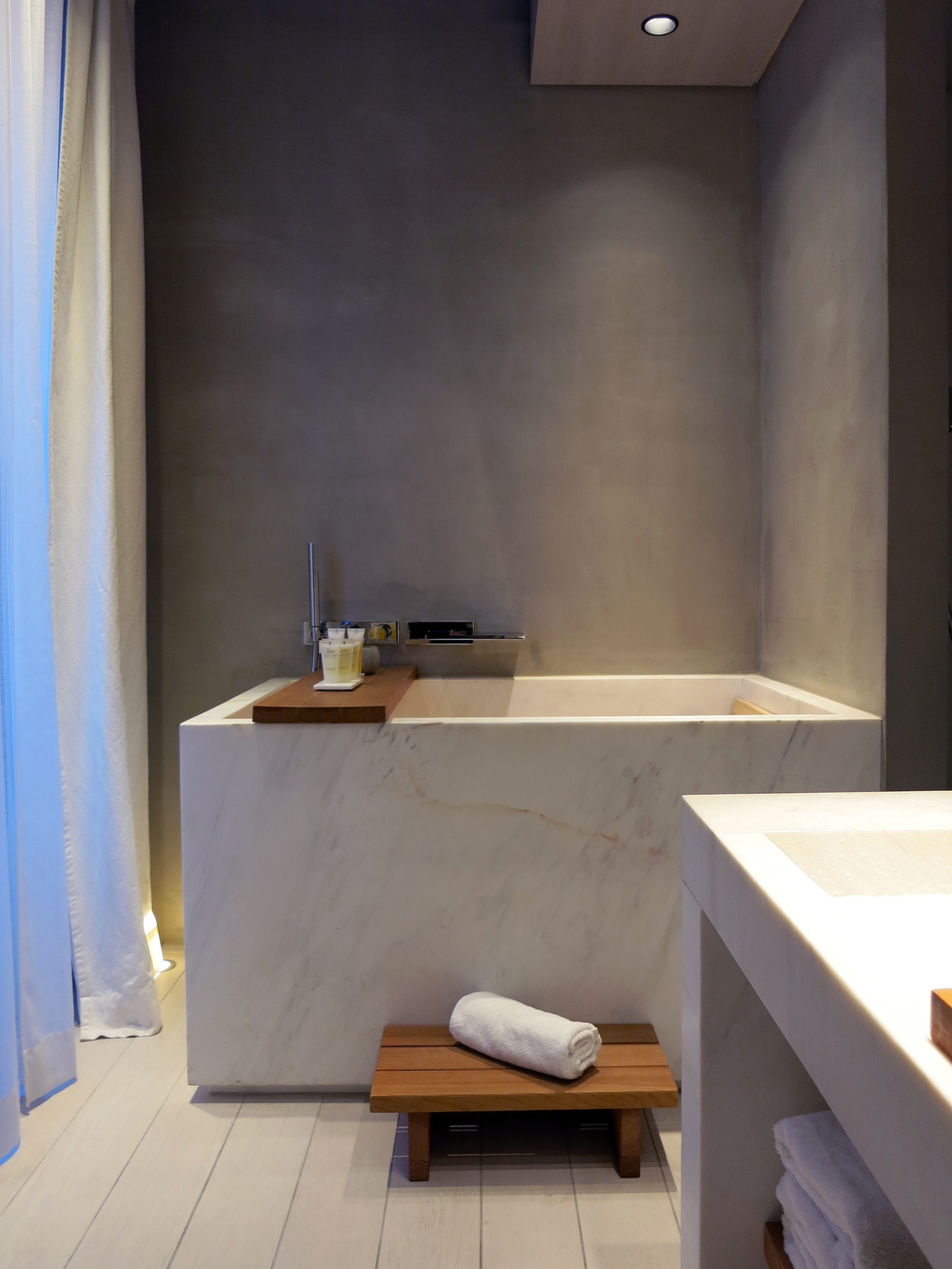 paris-photo-diary-hotel-de-nell-japanese-tub