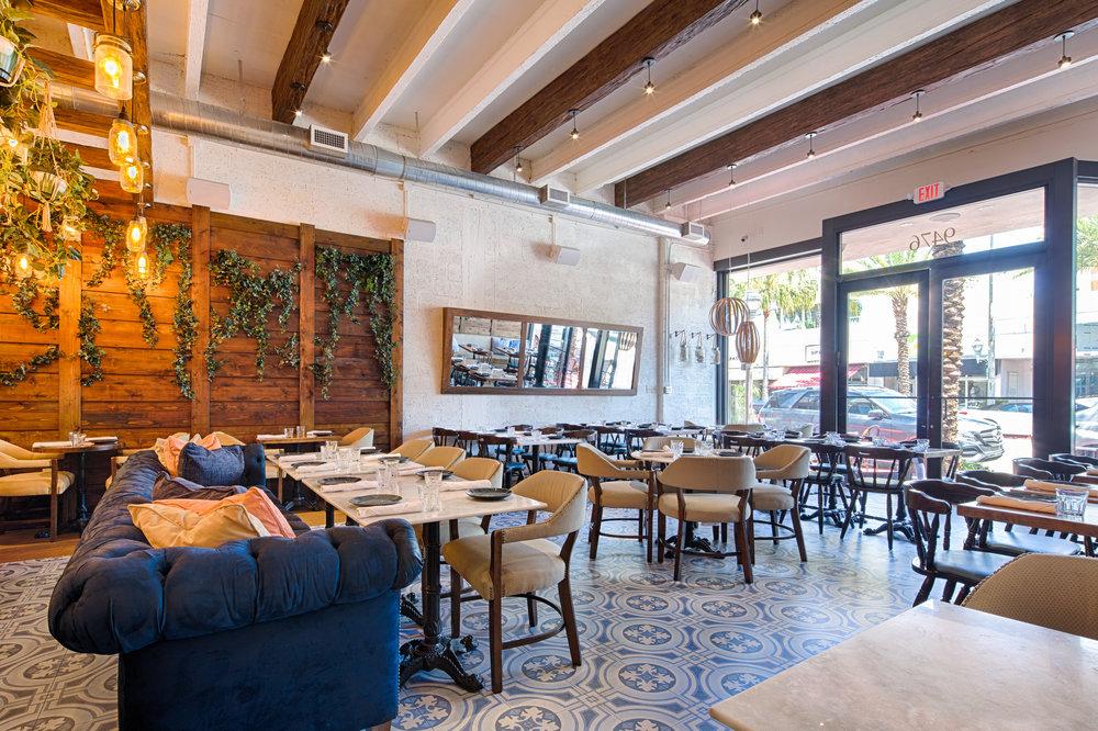 04_1561_2017-03-21a_Rustiko Restaurant 9476 Harding_HDR__PSD.jpg