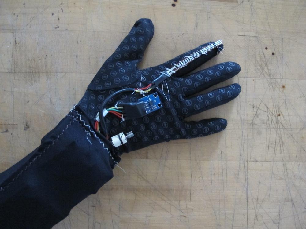 gesture_radio_components.JPG