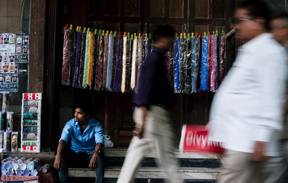 Mumbai-Selling Wares-0123.jpg