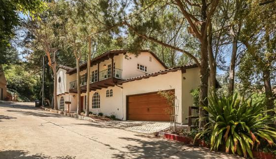 9033 Hollywood Hills Rd.  $1,265,000 | SOLD