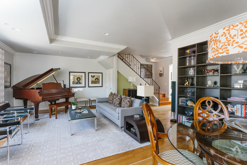1050 N. Edinburgh Ave. #PH301 $950,000 | JUST SOLD