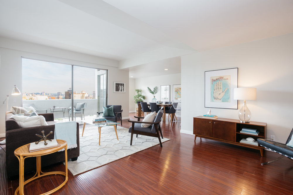 7250 Franklin Ave. #609  $781,000 | JUST SOLD |  FranklinTowers609.com
