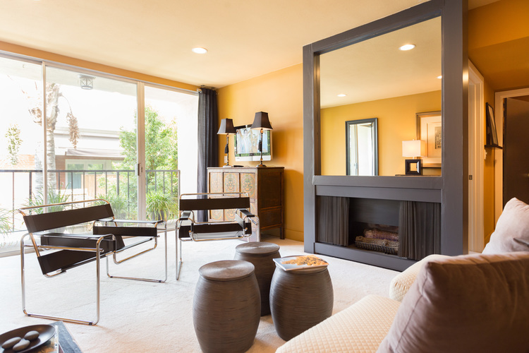 1351 Crescent Heights Blvd. #309 $530,000 | SOLD