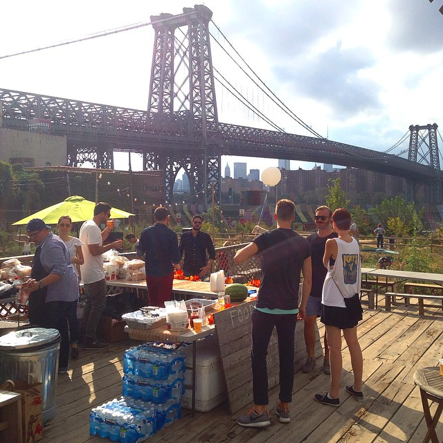 We're grilling and chilling at Havemeyer Park in South Williamsburg. Come kick it with Us on the nicest Saturday of the year at the @supplynyc Harvest Party. @starcadian @jillyhendrix @griffincamper @jordaanjames @senatorsmith are spinning beats. @spintagram and @alexlaudeman are serving up burgers, sausage and pepps, eggplant salad, watermelon and frosty drinks.