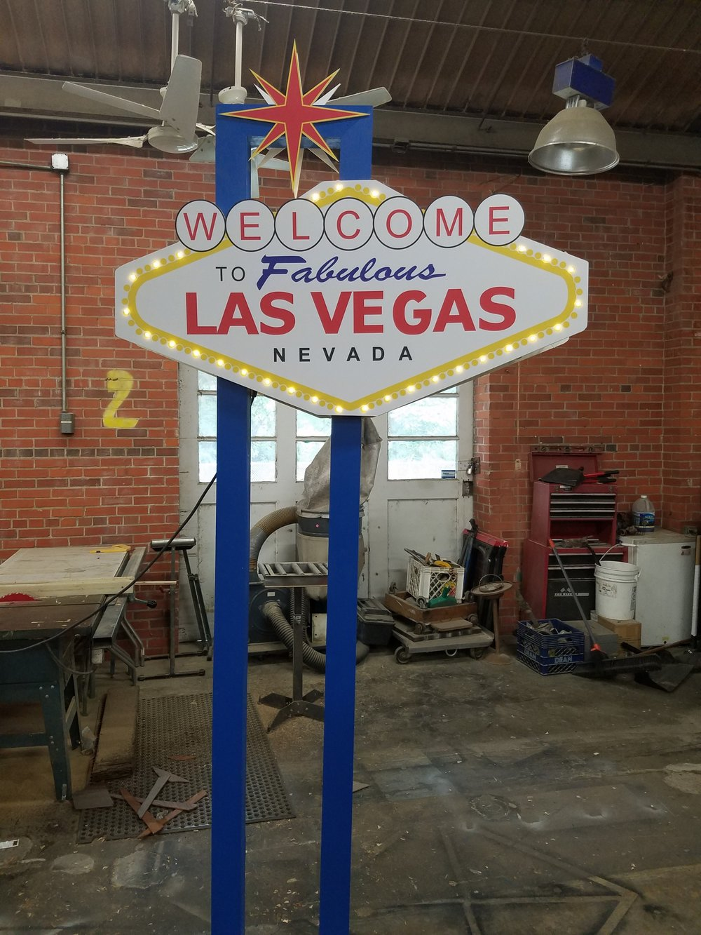 Welcome to Vegas  Sign.jpg
