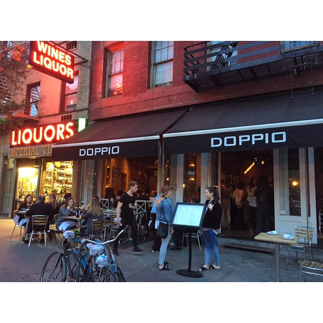 Taking it into the evening on Hudson #doppionyc #westvillage @westvillagelife how great is this part of the city?