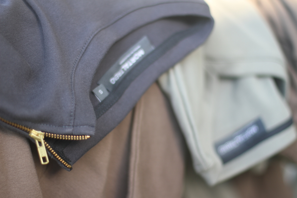 Shoulder Zips on Bench.JPG