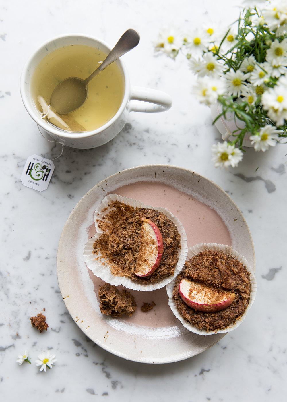 spiced_apple_muffins_1.jpg