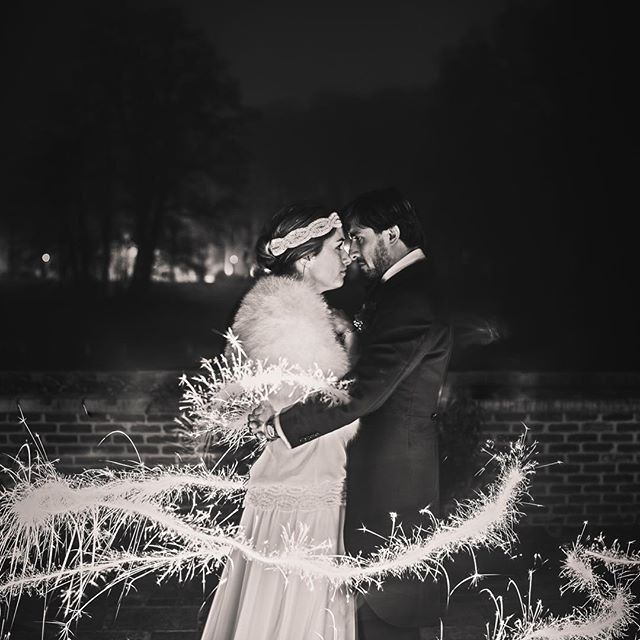 Wishing you a sparkling year #whatawedding #waw #sparkle #newyear #bride #groom #winterwedding #love #fireworks #weddingideas #weddinginspiration #bridalinspiration #weddingphotography by @ianhermansphotography