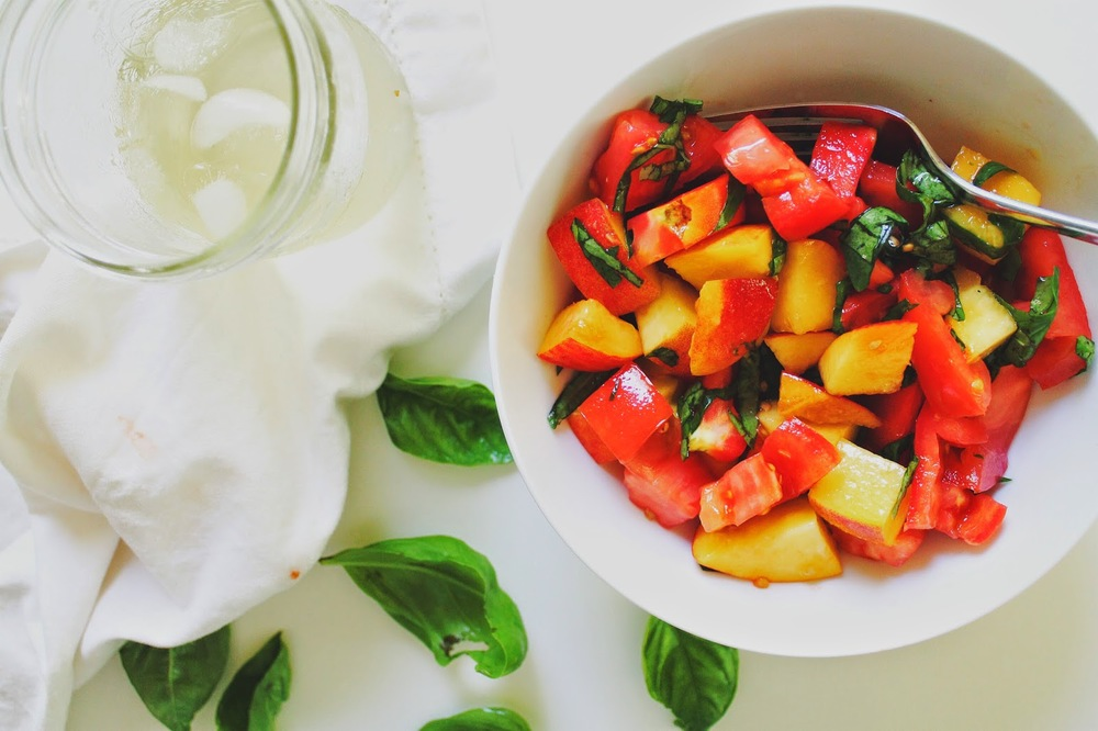 Tomato+and+Peach+Salad+::+The-Chefs-Wife.com++++.jpg