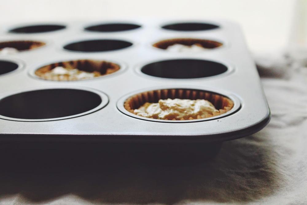 Sweet%2BLittle%2BZucchini%2BCakes%2Bw%3A%2BChocolate%2BFrosting%2B%3A%3A%2Bwww.The-Chefs-Wife.com%2B%2B%2B.jpg