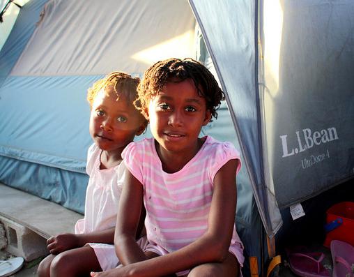 nelus girls tent.png