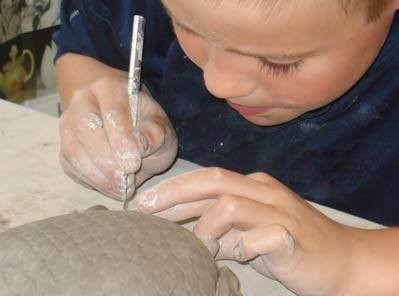 Sculpting for beginners with Natalia.