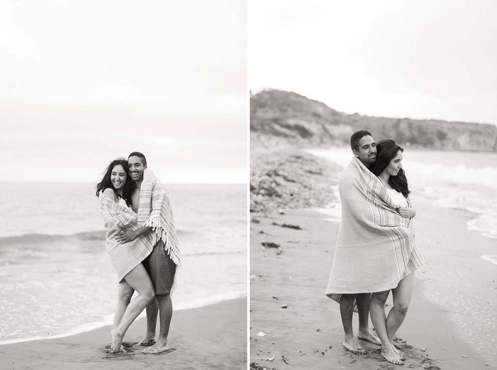 black and white engagement photos at the beach