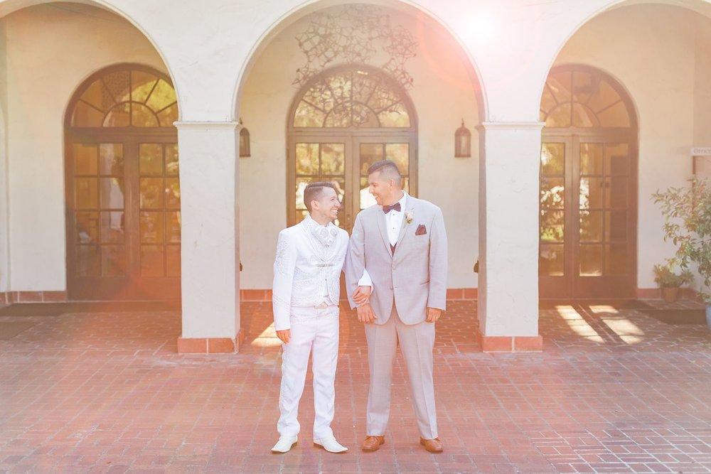 lens flare wedding photography