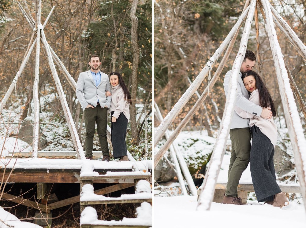 teepee engagement photos