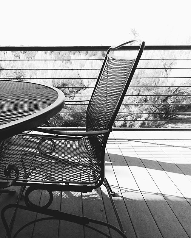 I'm in ... now what's the rules? 7 days black/white ... no people, no explanation? Cheers @laratucker817 and @laurayurs for the nudge to get back in the instagame. #blackandwhitechallenge