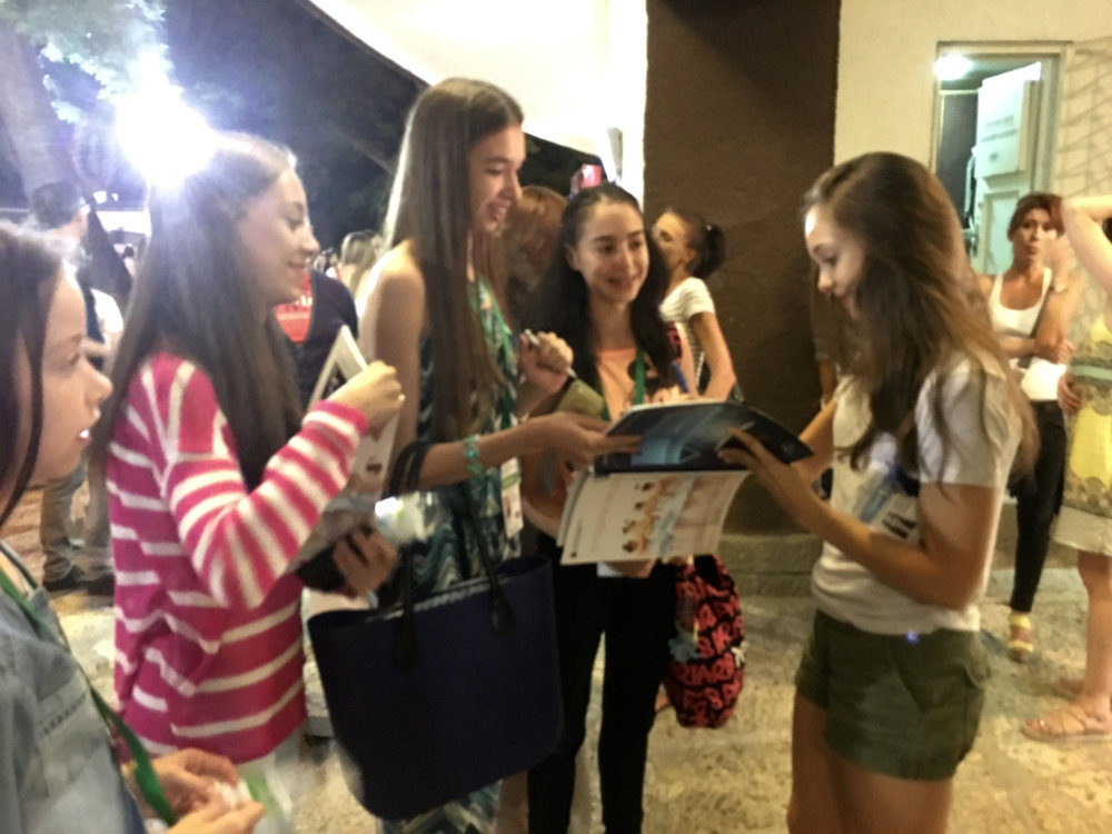 Signing the program outside the theatre for these lovely girls. I'm fortunate to meet so many ballet lovers from around the world! ❤️