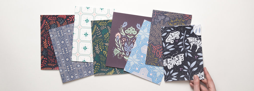 This card set features 8 different pattern designs. It's a great stationery sample pack for creative stationery lovers.