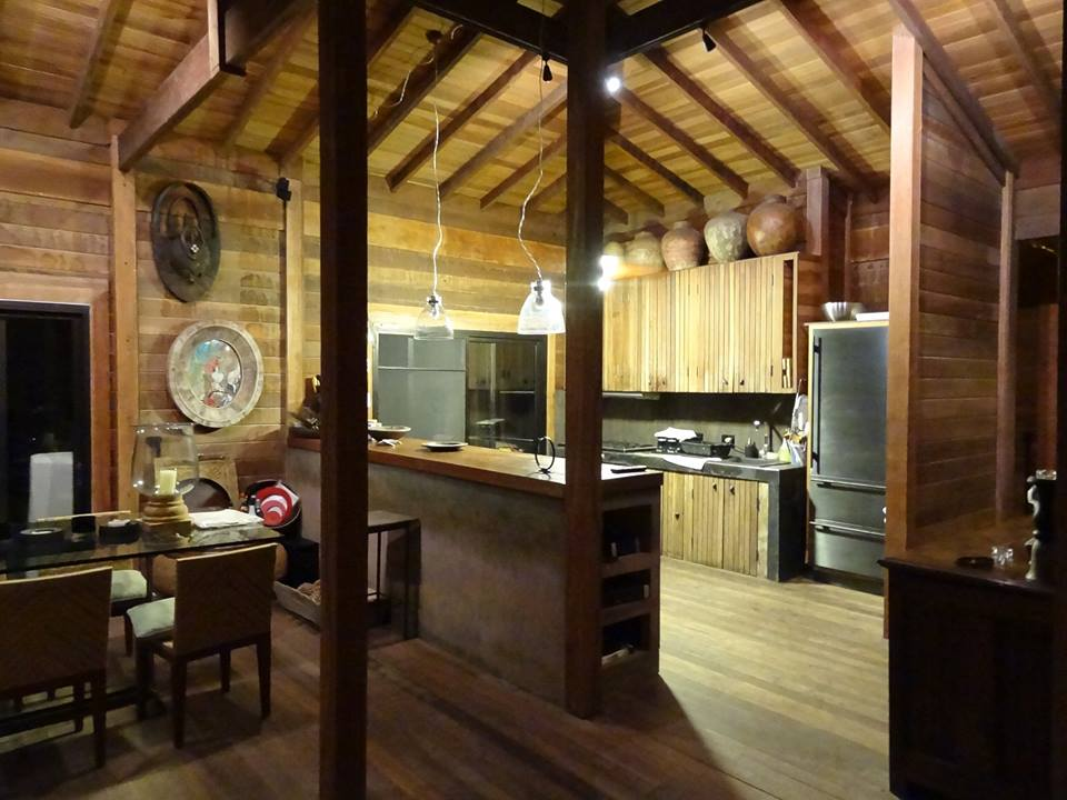 RUSTIC SPIRIT HOUSE KITCHEN