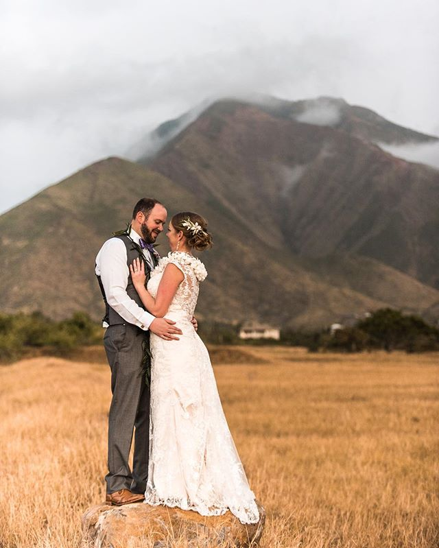 Going from the beach to the mountains in just a few minutes makes for some great pictures. . . . #wedding #weddingphotographer #destinationweddingphotographer #destinationwedding #mauiwedding #adventurebride #adventurebrides #bride #bridalinspiration #coloradoweddingphotographer #coloradowedding #mountains